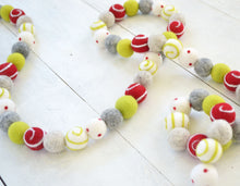 Felt Ball Garland - Holiday Swirl