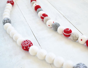 Felt Ball Garland - Snowballs