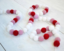 Felt Ball Garland - 2 cm Pink, Red & White