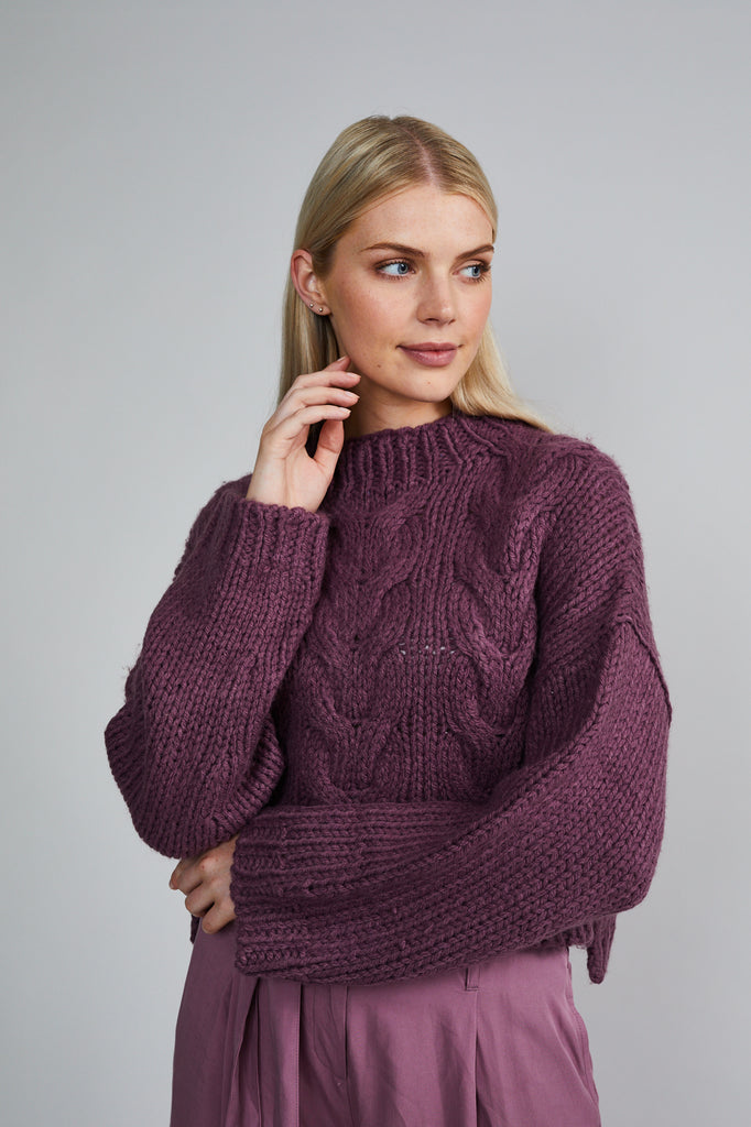 THE BELLE KNIT