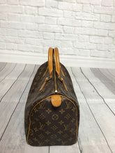 Louis Vuitton Monogram Speedy Bag Sz. 30