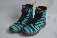 """Breaking free"" Men's Art boots"