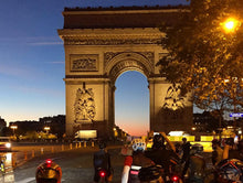 our Paris to Verailles cycling tour starts near the Arc de Triomphe
