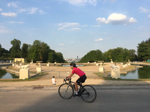cycle from Paris to Versaille and see grand chateaus