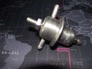 Mercedes Fuel Pressure Regulator BOSCH 0280160007 280 300 350 450