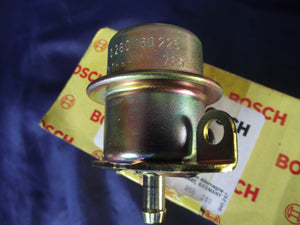Volvo / BMW Fuel Pressure Regulator | BOSCH 0280160226 | 740 760 318i