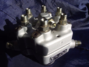 Mercedes REMANUFACTURED Fuel Distributor | BOSCH 0986438084 | 280CE, E, SL, GE, SE, SEL, SL, SLC