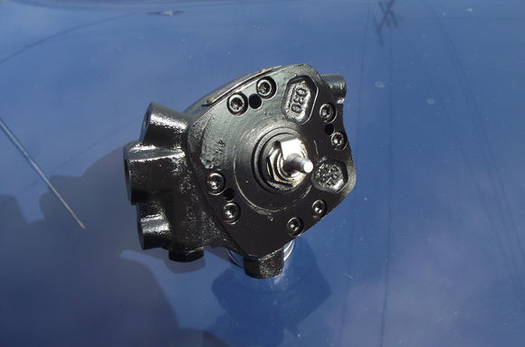 VW/AUDI REMAN Fuel Distributor BOSCH 0438100083 $175 Refundable Core included