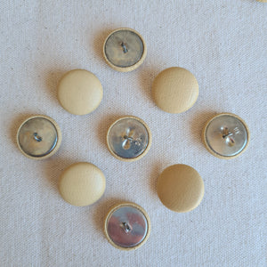 "7/8"" Tan Leather Shank Buttons 