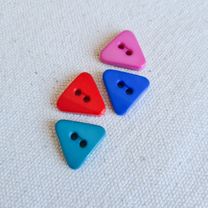 "5/8"" Bold Triangle Buttons 