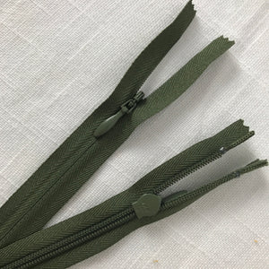 "Olive 26"" Invisible Zipper - YKK"