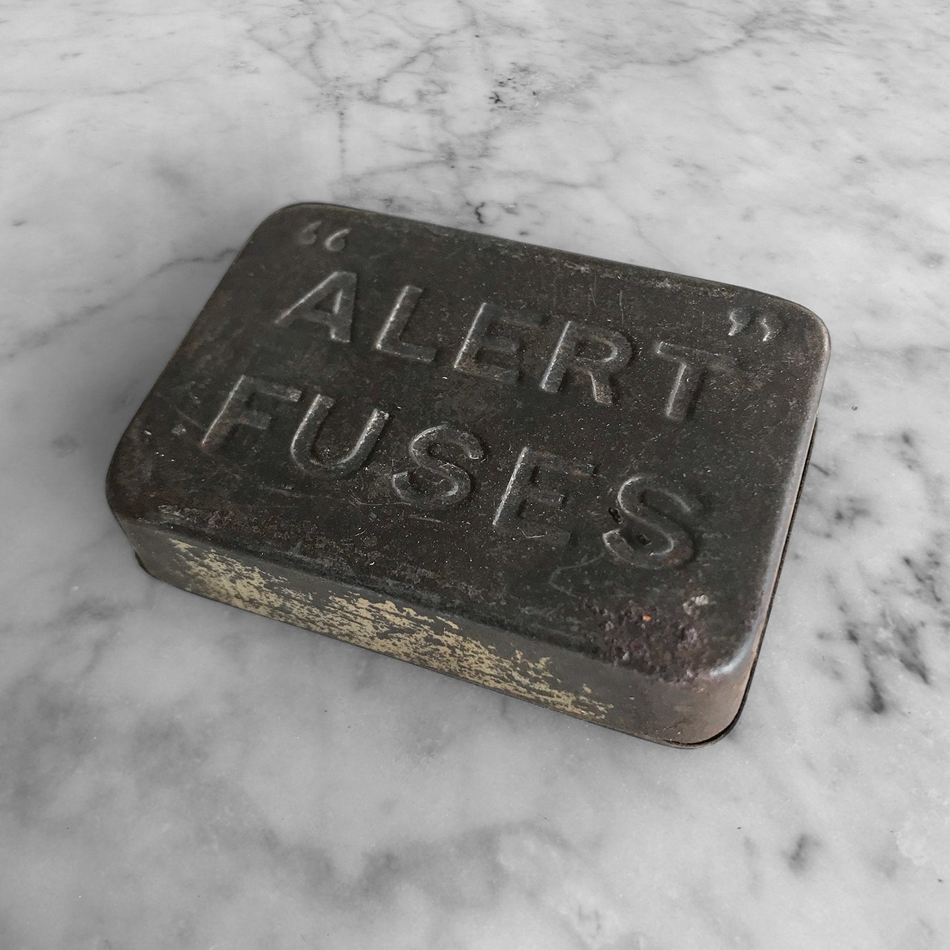 Nice little Alert Fuse Tin - SHOP NOW - www.intovintage.co.uk