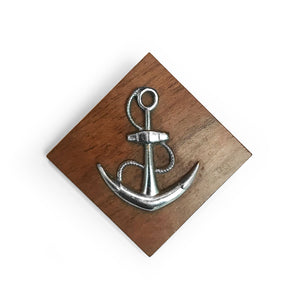 Cool vintage anchor brooch. SHOP NOW - www.intovintage.co.uk