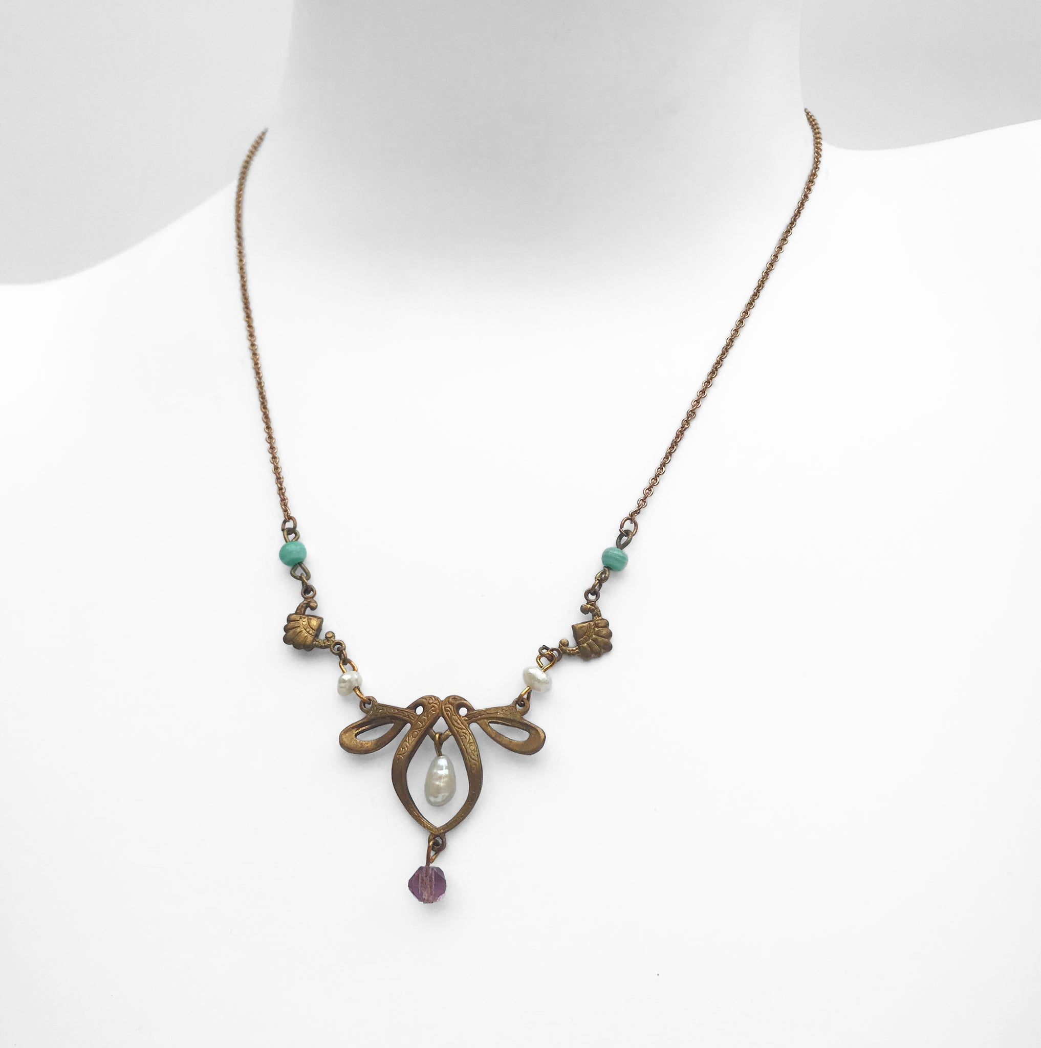 Vintage 1930's Art Nouveau Necklace. Find this and other Vintage jewellery for sale at Intovintage.co.uk.