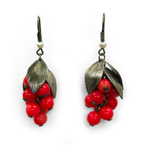 Vintage Red Bead & Silver Earrings. Find this and other Vintage jewellery for sale at Intovintage.co.uk.