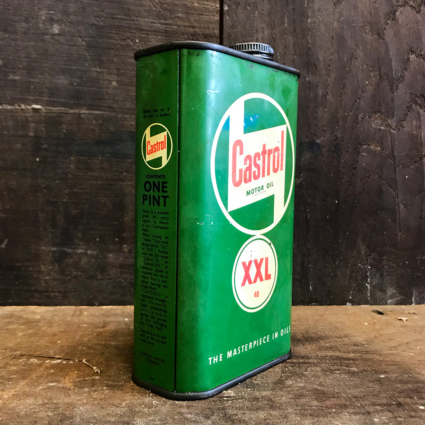 Cool Vintage Castrol XXL 40 1 Pint Can in very good condition for its age. Great for your vintage garage or Man Cave - SHOP NOW - www.intovintage.co.uk