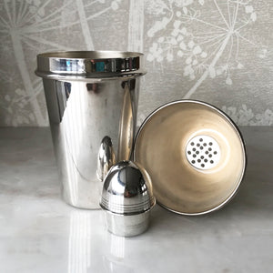 A classy vintage Silver Plate Cocktail Shaker. Great ring detail on main body and cap. The cap and top fits snuggly with no leaks - SHOP NOW - www.intovintage.co.uk