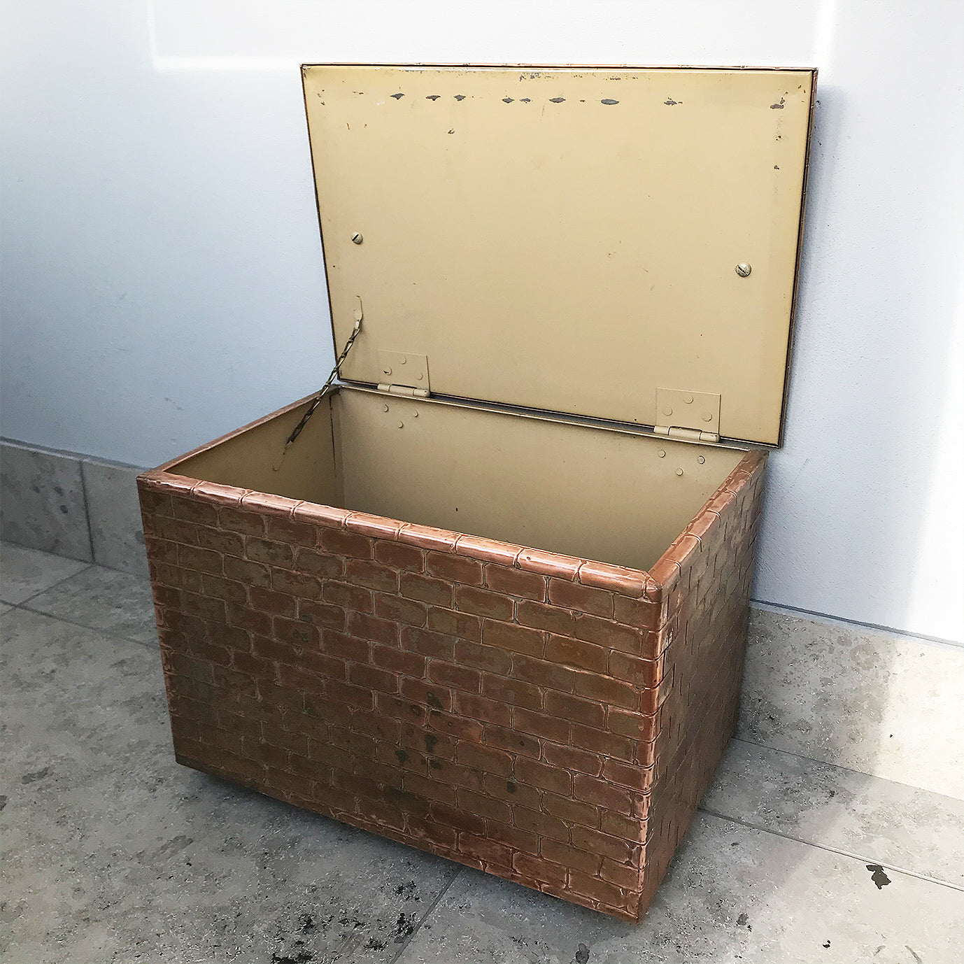 Stylish useful Vintage Copper trunk. It has a brick like pattern and a great patina - SHOP NOW - www.intovintage.co.uk