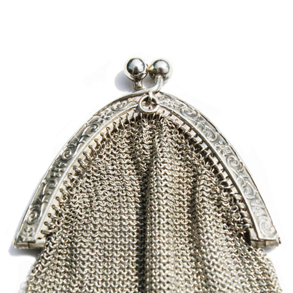 Vintage 800 Silver Mesh Purse. Find this and other Beautiful Vintage Bags & Purses for sale at Intovintage.co.uk.