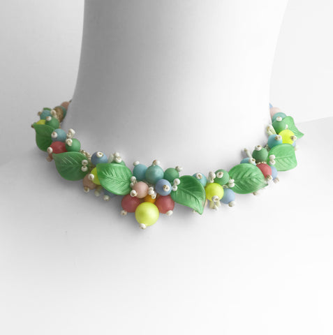 Stunning Vintage 50's Choker. Find this and other Vintage jewellery for sale at Intovintage.co.uk. Into Vintage