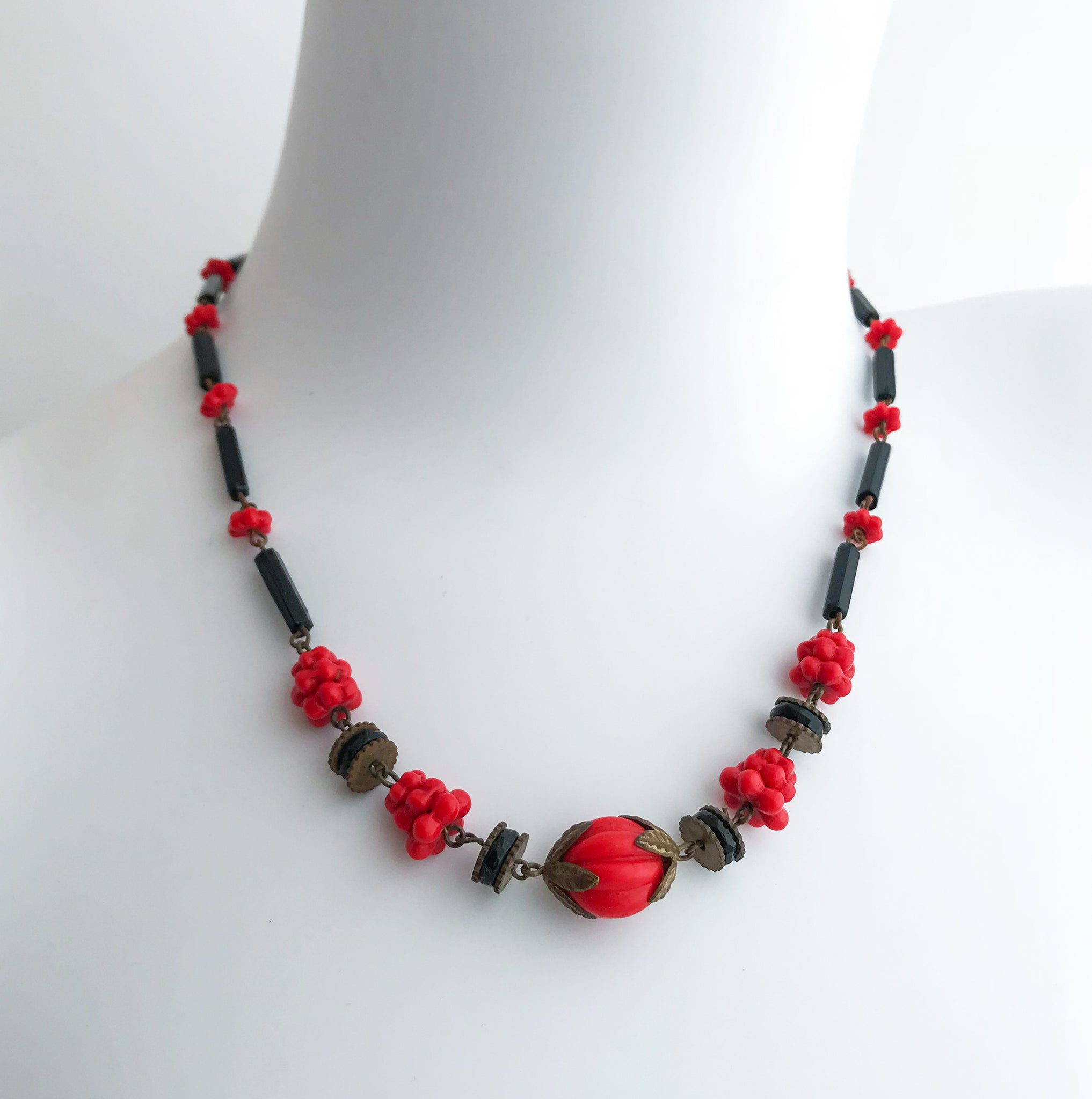 1930's Berry Necklace