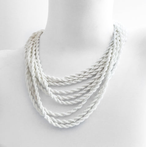 50′s White Bead Necklace