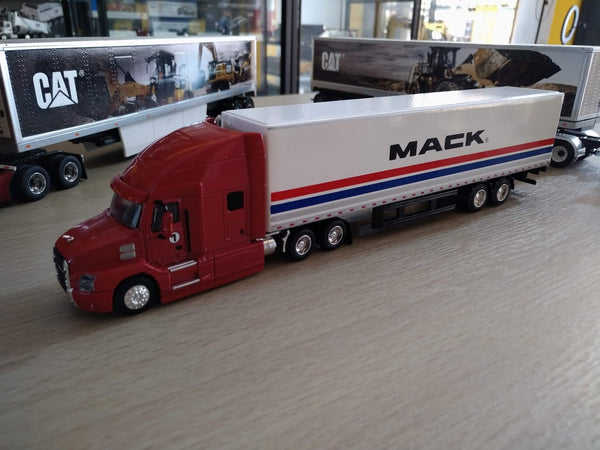 30193 Trailer Mack Performance Tour 2018 Escala 1:64
