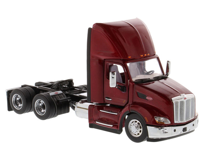 71068 Tracto Peterbilt 579 Day Cab Escala 1:50