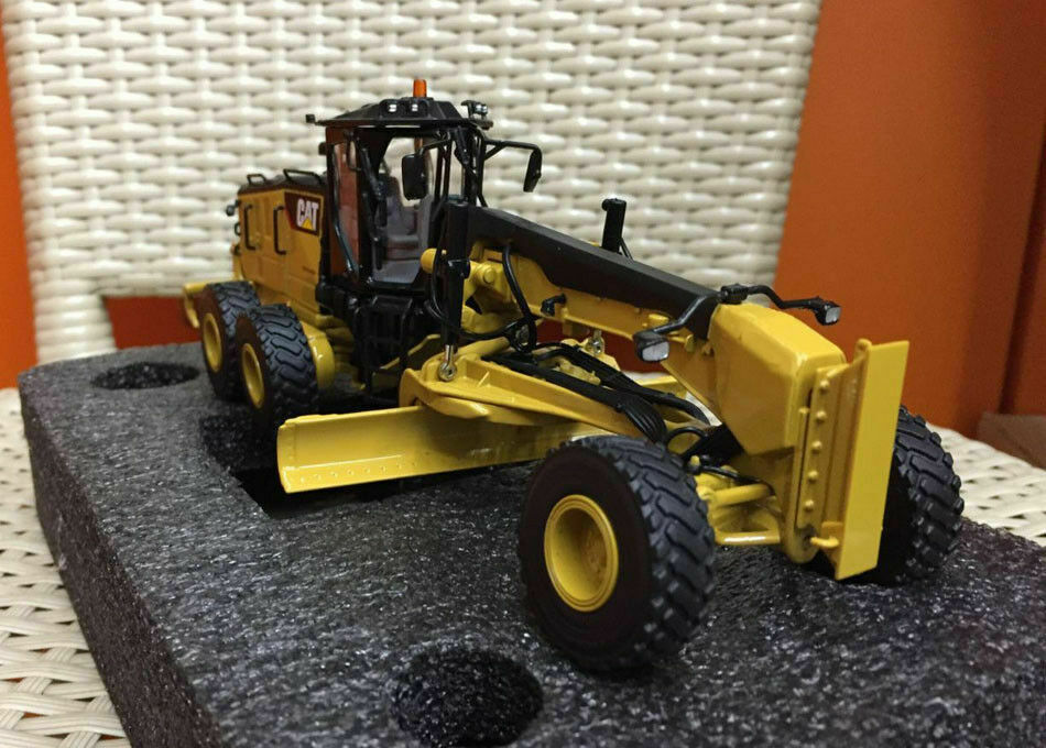 85545 Motoniveladora Cat 14M3 Escala 1:50