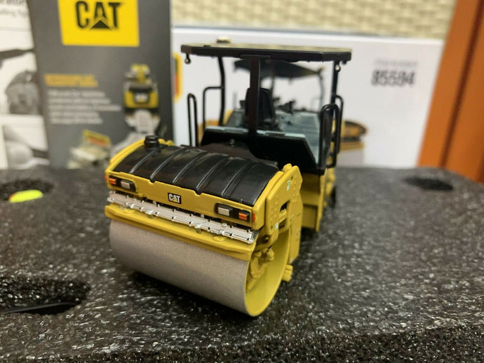 85594 Rodillo Compactador Cat Cb-13 Escala 1:50