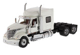 1:50 Tracto Blanco Lonestar Sleeper International - Dm71024