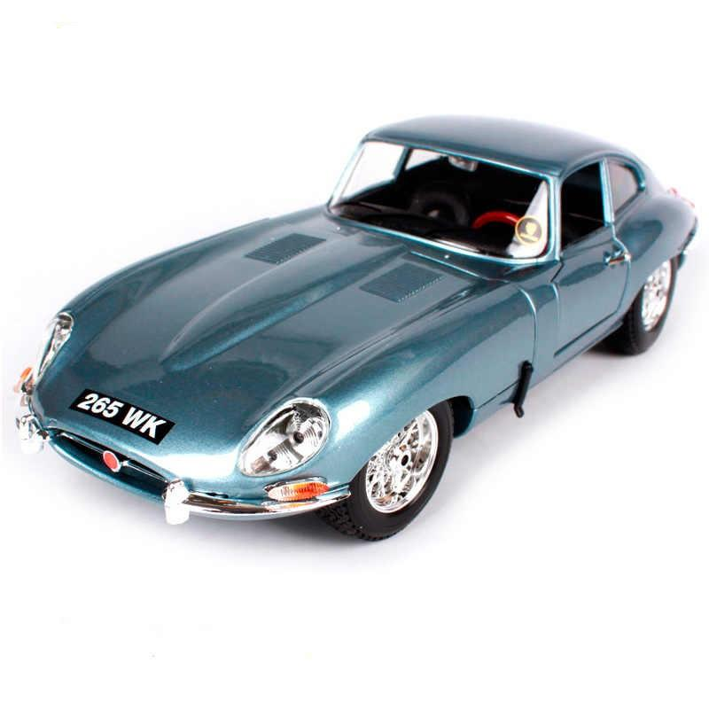 BU12044AZ Jaguar E-type Coupe Escala 1/18