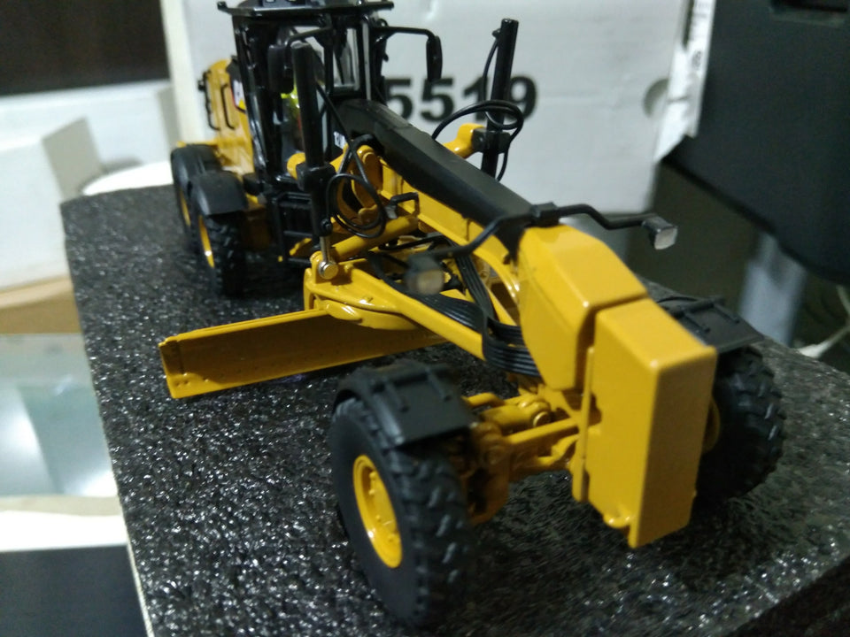 85519 Motoniveladora Cat 12M3 Escala 1:50