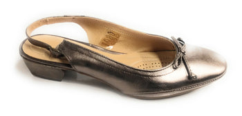 Women's Eric Michael Alegra Bronze Closed-Toe Dress Sandal