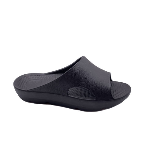 PURE STRIDE SLIDE SANDAL IN  BLACK