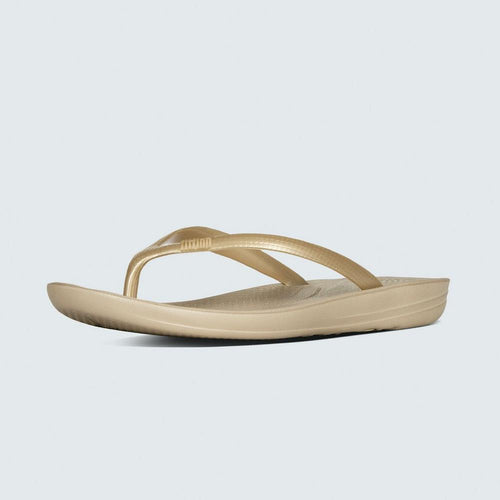 84b732898 Women Sandal IQUSHION™ Super Ergonomic Flip-Flops BY FitFlop ...