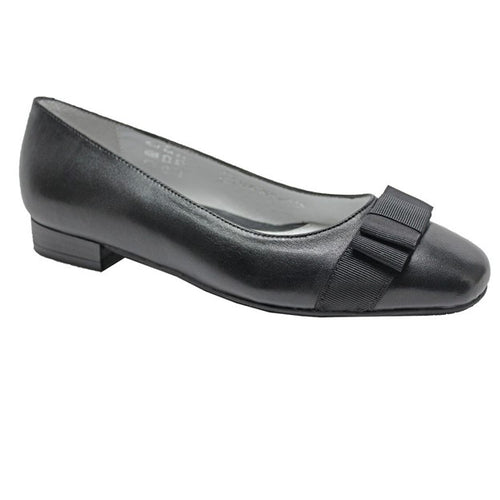 Women's Bella Black Leather Flat