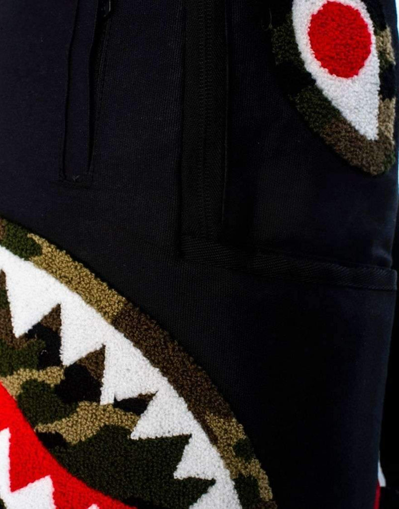 CAMO CHENILLE SHARK (BLACK)