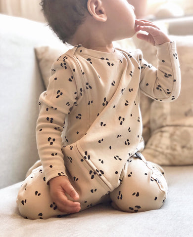 Organic sleepsuit. Newborn to 12 months