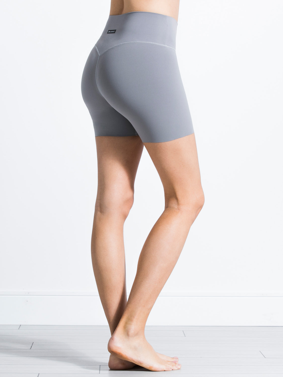 "NUDE SHAPE 6"" SHORTS, LUNAR GREY"