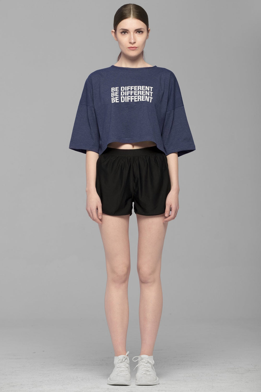 BE DIFFERENT OVERSIZED CROPPED TEE, NAVY