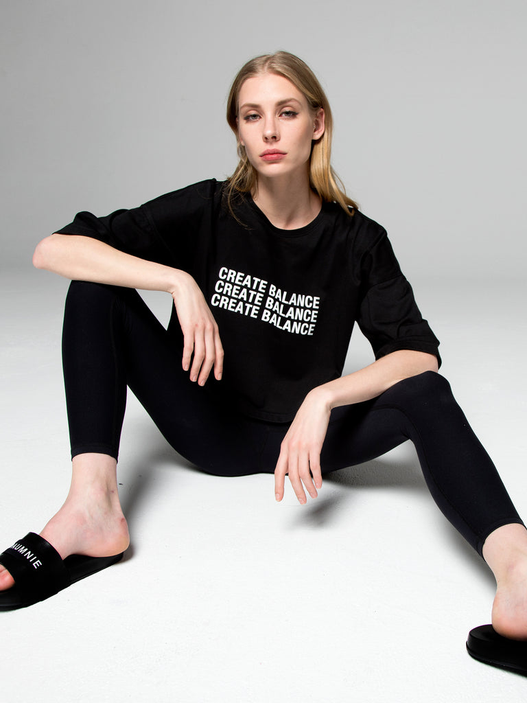 CREATE BALANCE OVERSIZED CROPPED TEE, BLACK