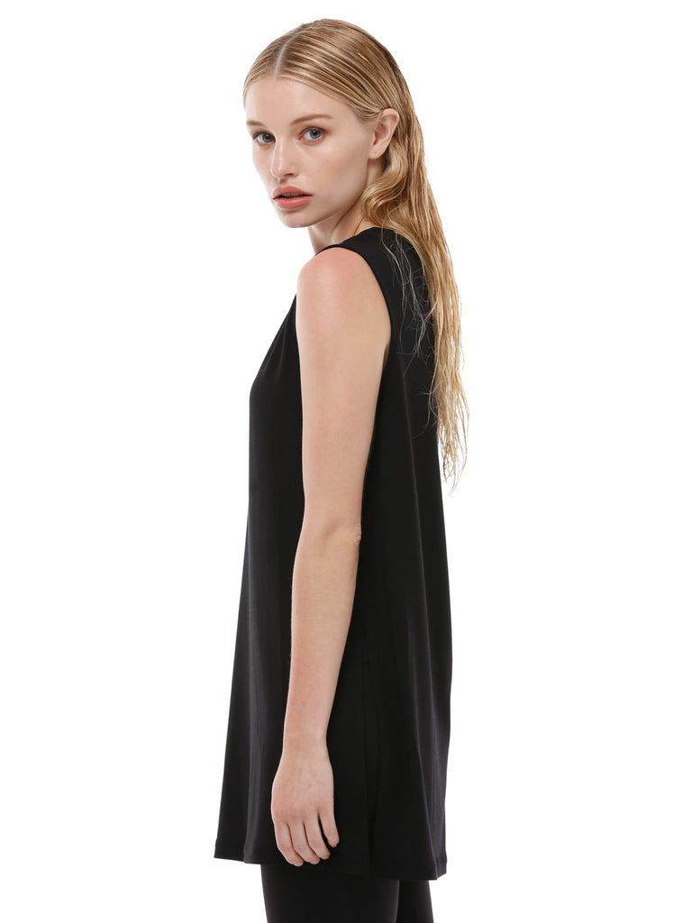 LOOSE CUT OFF TANK WITH SLITS, BLACK