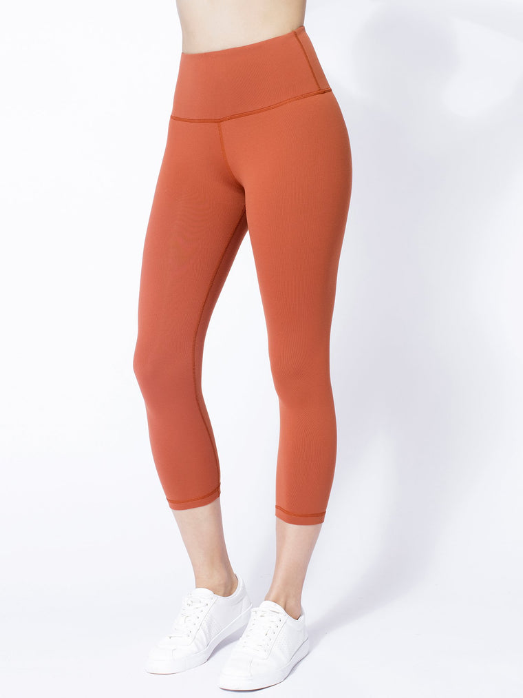 HIGH WAIST 50/20 CROPS, MAPLE