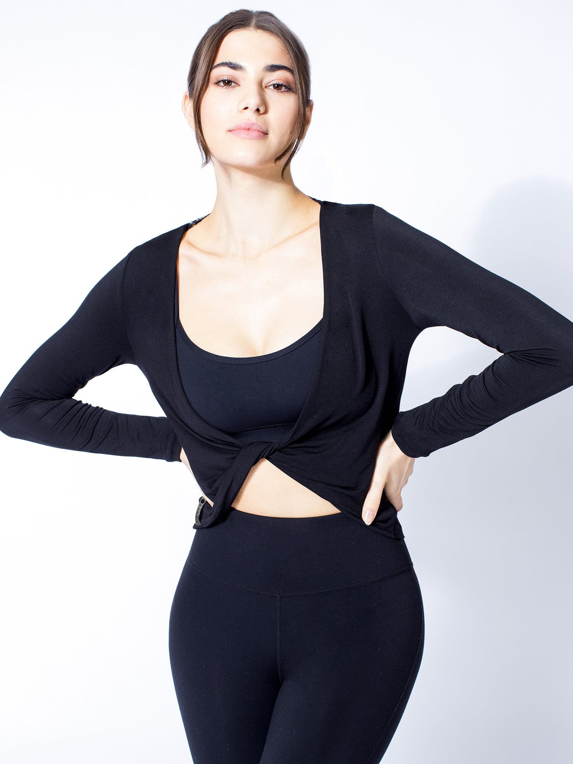 LONG SLEEVE TWIST TEE, BLACK