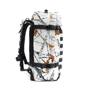 skingrowsback PAK30 30 litre backpack Snowfall left