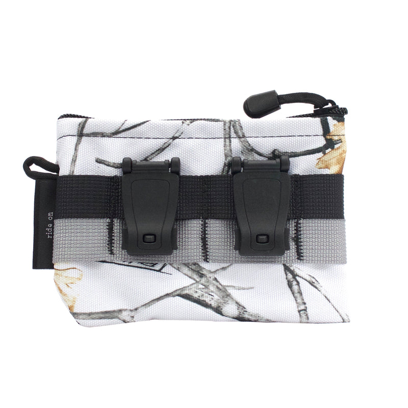 skingrowsback pocket mid modular pouch snowfall clips