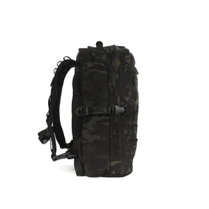 skingrowsback MIDPAK 23 litre backpack multicam black left
