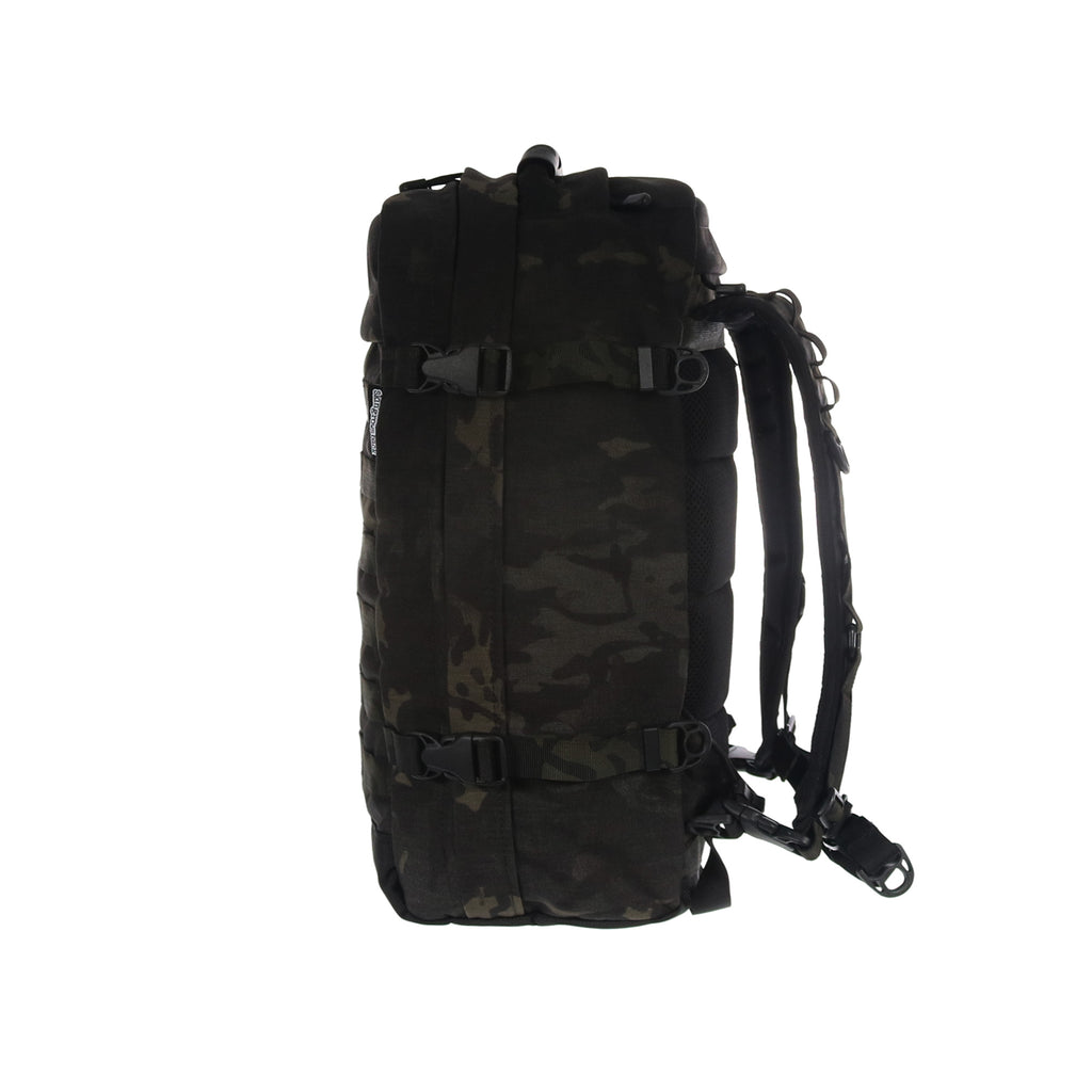 skingrowsback PAK30 30 litre backpack Multicam Black camo right