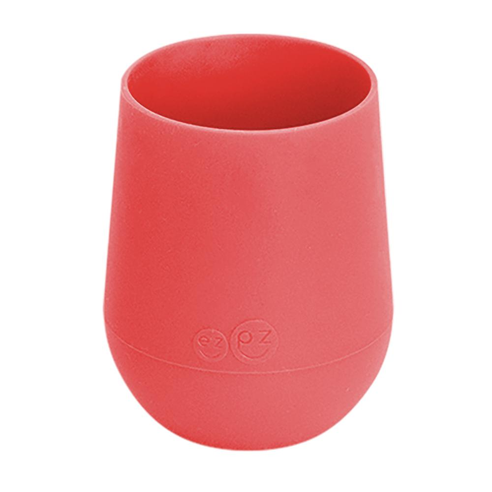 ezpz mini silicone cup that holds 4oz recommended for 12m+